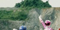 Comparison:Kyōryū Sentai Zyuranger vs. Mighty Morphin Power Rangers (Season 1)