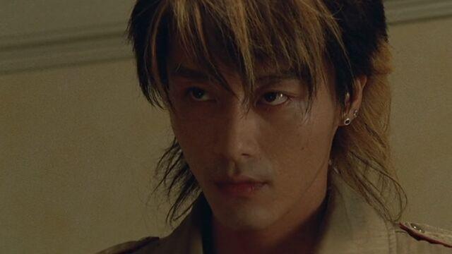 File:Hiroto Sutou - Go-On Gold.jpg
