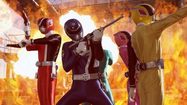 File:Super Mega Rangers as SPD Rangers.jpg