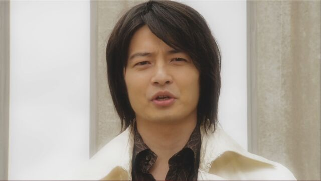 File:Mikoto Nakadai in Gokaiger.jpg