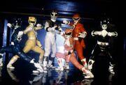 Mighty-morphin-power-rangers-serie-tv-02-g