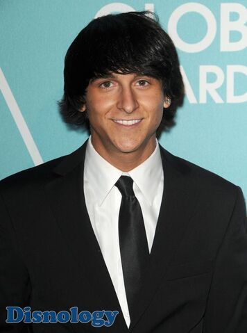 File:Mitchel-Musso-Golden-Globes-Party.jpg