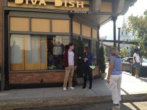 Aria and Wesley (Season3 Episode 19)