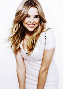 Ashley Benson set-4