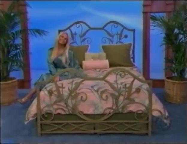 File:Gabrielle Tuite in Satin Sleepwear 05-02-2008 Pic-16.jpg