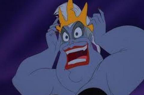 File:Ursula-wearing-King-Triton's-crown.png