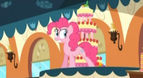 File:205px-Pinkie Pie talking to the cake S2E24.png