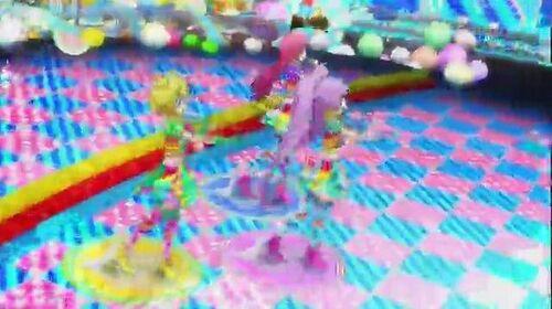 PriPara Episode 19 - 「Pretty Prism Paradise!!!」