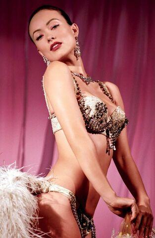 File:Olivia wilde vanity fair hollywood issue 2013 0-450x689.jpg