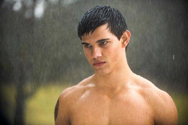 File:Taylor-Lautner.jpg