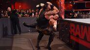 7-31-17 Raw 41