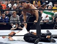 Raw-18-4-2005-16