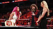 10-24-16 Raw 41
