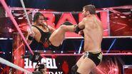 10-24-16 Raw 27