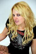 Candice LeRae - 689947960