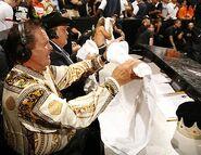 Raw 14-8-2006 15