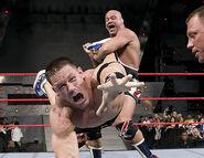 November 28, 2005 Raw.32