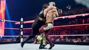 October 12, 2015 Monday Night RAW.43
