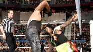 April 25, 2016 Monday Night RAW.19