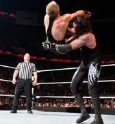Undertaker Chokeslam