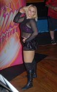 Tina San Antonio SHINE 6