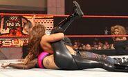 Raw 9-28-09 James vs. Mendes 002