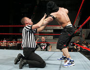 December 12, 2005 Raw.38