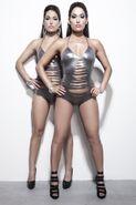 Twins 10062011 SNAPS1502