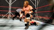 Triple H vs Ric Flair (Cage) 3