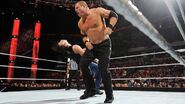 RAW 1152 - Ambrose vs Kane (2)