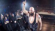 WWE Road to WrestleMania Tour 2017 - Dusseldorf.5