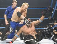 Smackdown-4Aug05-6