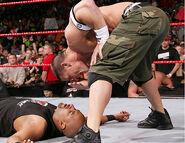 Raw 30-10-2006 39