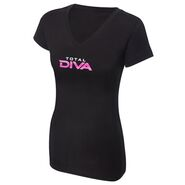 Total Diva Women's V-Neck T-Shirt