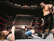Raw-5-2-2007-25
