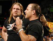 Raw 14-8-2006 23