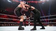 Raw 11-9-15 10