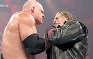 Kane choking bret the hitman