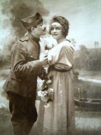 Couple-Militaire amoureux 01-vers 1914