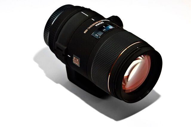 File:Sigma 150 macro02.jpg
