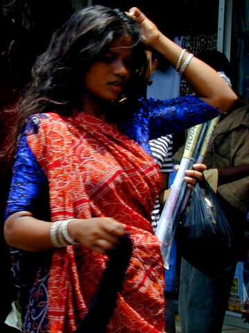File:Mumbai woman in red and blue.jpg