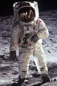 Apollo Moonwalk2
