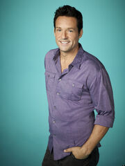 Wikia Daisies - Josh Hopkins