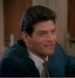Kevin Spritas as Bob Thompson