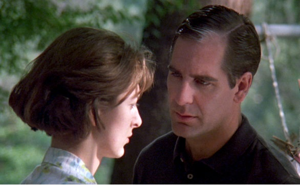 File:QL episode 5x1 - Sam as Lee Oswald with wife Marina (2).jpg