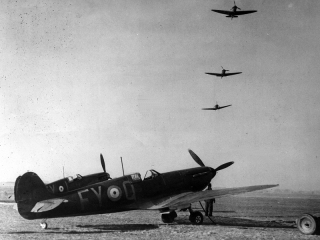 File:Supermarine Spitfire.jpg