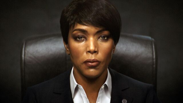 File:Angela Bassett Six.jpg