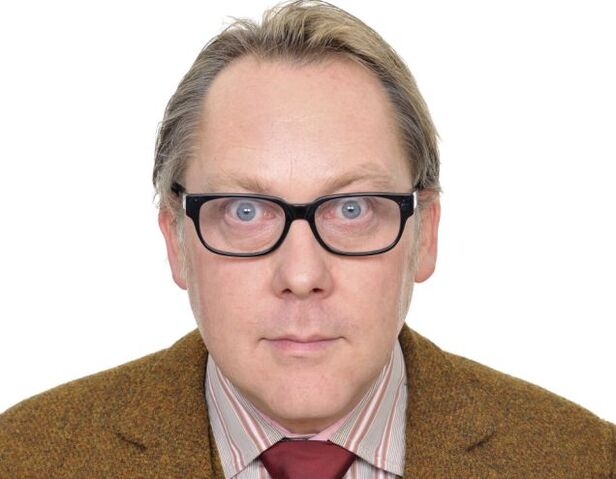 File:Vic Reeves.jpg
