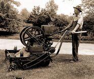 Firstgaspoweredlawnmower1918