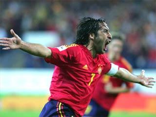 Archivo:Raul en su seleccion.jpg